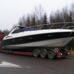 frakting av båt på veien