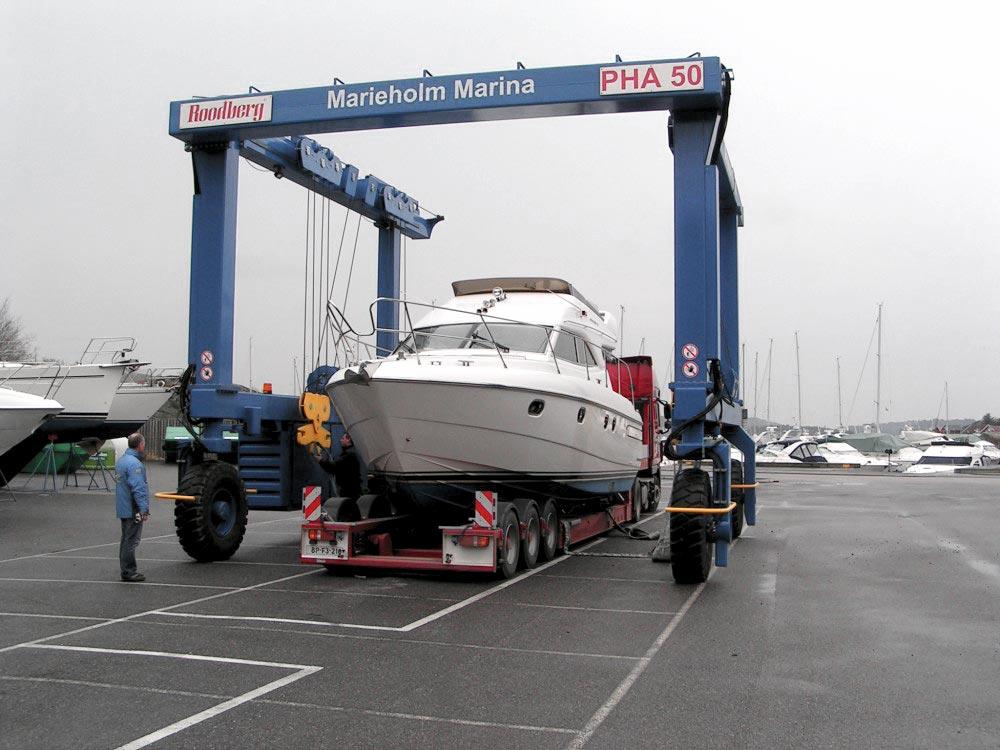 Båttransport fra Marieholm Marina