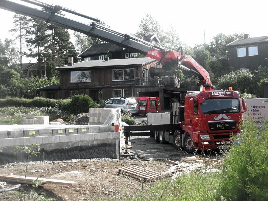 Heising på byggeplass